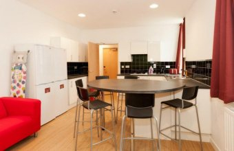 Buccleuch Street Apartment