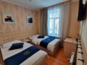 Отель «Золотой Феникс»