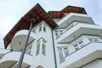 The Hills Lodge