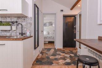 FM Deluxe 1-BDR Apartment - Minimalism & Charisma