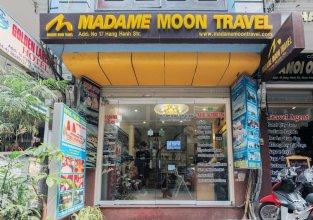 Madam Moon Hotel