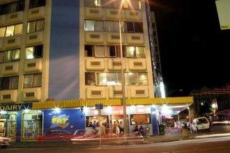 Fat Camel Hostel & Bar