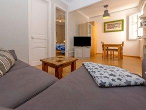 Montserrat Duplex Apartment