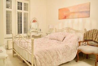 1 Bedroom Flat in West Kensington