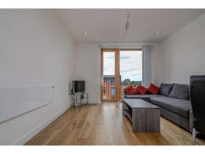 409 Chapel Street · Stylish, Clean 1 Bedroom Flat for 4