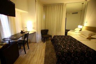Maxim Hotel Tel Aviv Adults Only (Отель для взрослых)
