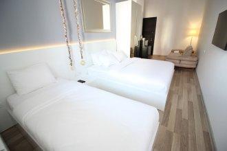 Maxela Hotel & Suites