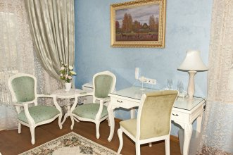 Swan Lake Boutique Hotel - Adults Only