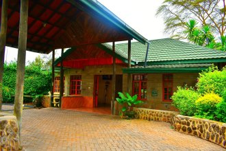 Lake Nakuru Lodge - All Inclusive