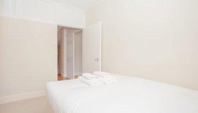 Bright 2 Bedroom Apartment Near Regents Park