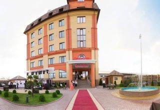 Gray Hotel & Restaurant