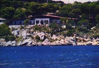 Ostello A.I.G. Baia Del Corallo