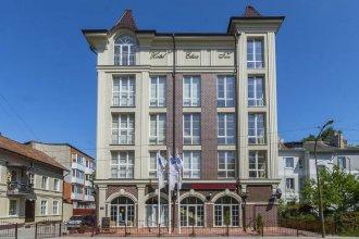 Elisa Inn Hotel