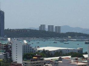 The Base Pattaya Horizon Inn