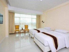 Aunchaleena Grand Hotel Wing B