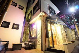 Seoul Cube Ewha - Hostel