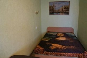 Apartment On Bagayeva Street