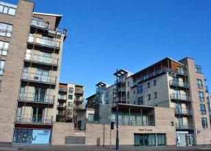 Dreamhouse Holyrood Apartments