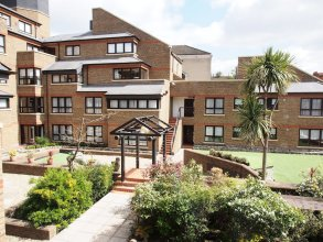 Monarch House Serviced Apartments