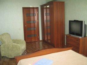 Apartments on Kuznechnaya 81