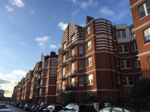 3 Bedroom Apartment by Battersea Park