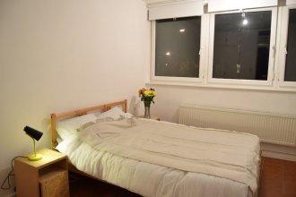 Spacious 1 Bedroom Apartment in London