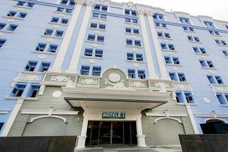 Hotel 81 (Premier) Hollywood (SG Clean)