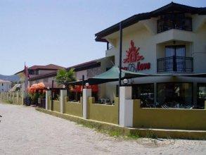 Sunlove Hotel