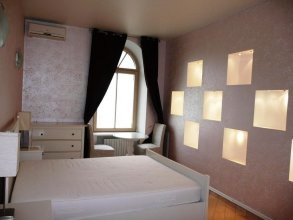 Tverskaya Luxury King Suite