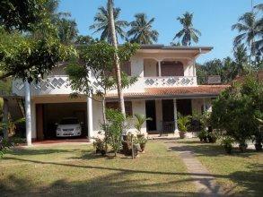 444/C Anura Home Stay