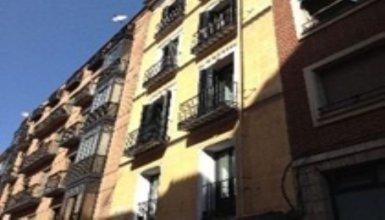 Livinginopera Apartamentos Escalinata (ex.km1 Opera Apartments)