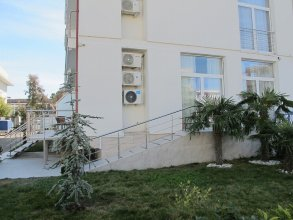 Apartment on Bulvar Nadezhd St. 6-3