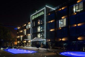 Отель M1 club