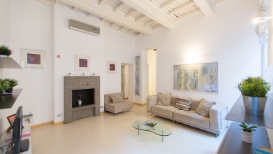 Rental in Rome Bernini Square