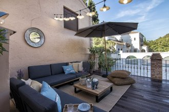 Alhambra Boutique Penthouse Terrace