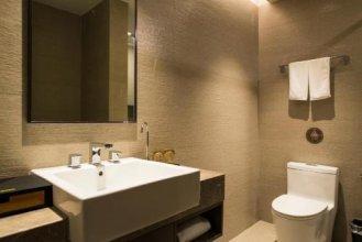 Home Inn Plus (Shanghai Pudong Airport)