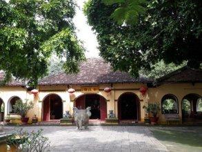 Nha Khach Con Dao