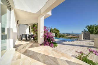 Villa in Calpe - 104269 by MO Rentals
