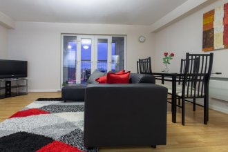 NEW 2BD Sleeps 4 Close to City Liverpool Centre