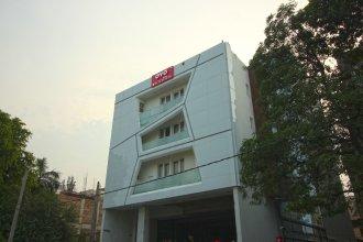 OYO Flagship 556 North Campus