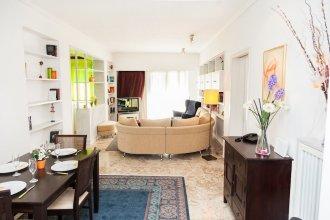 Calm Oasis Apartment in Marousi