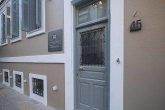 Athenian Yard Suites