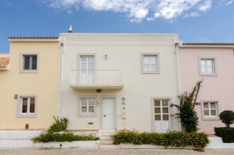 House With 3 Bedrooms in Vilamoura, With Pool Access, Enclosed Garden