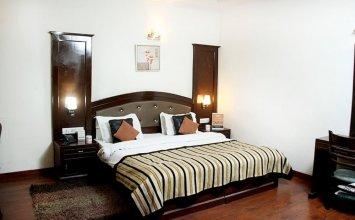 OYO 377 Hotel Excellent