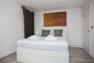 2 Bedroom Penthouse Close To Central London