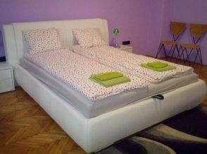 Central Danube Apartment