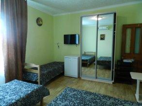 On Kazachya Hostel