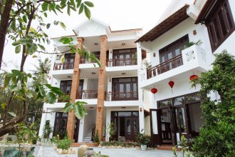 Golden Rice Villa