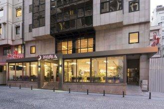 Отель Ramada By Wyndham Istanbul Taksim