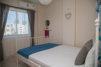 Paphos Love Hut Apartment